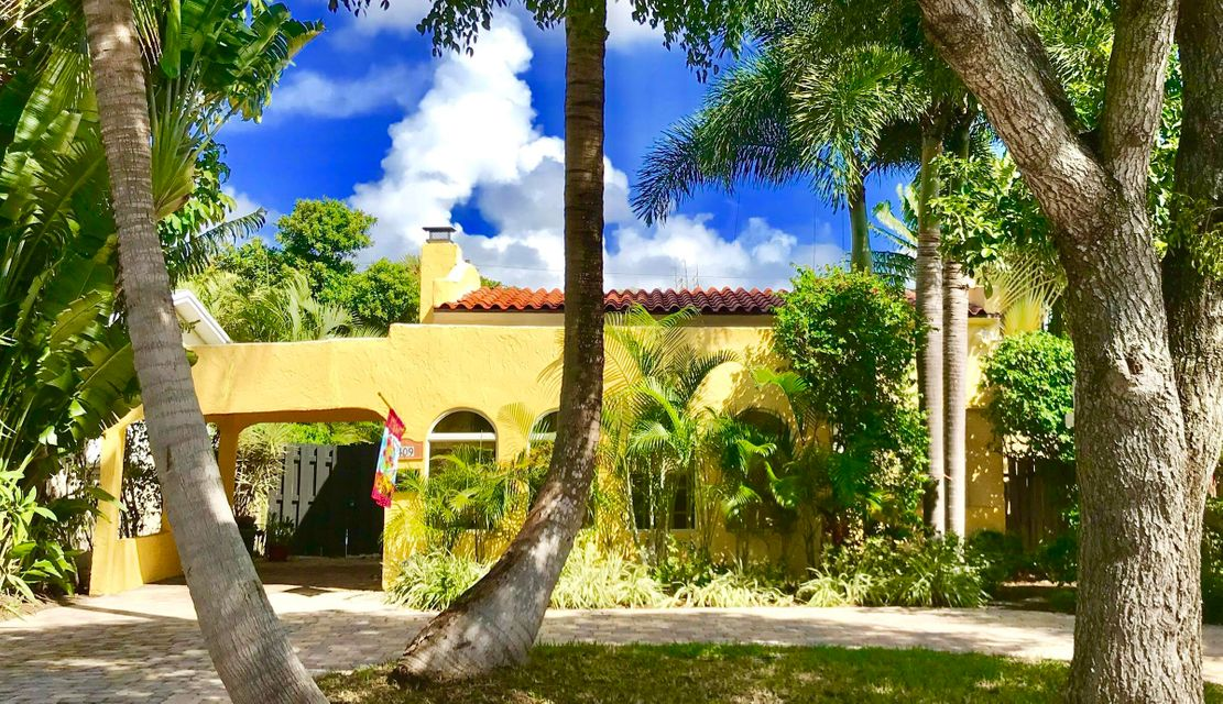 Home for sale in NORTHWOOD ADD (Old Northwood) West Palm Beach Florida