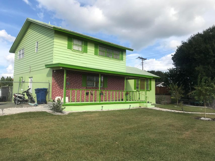 Home for sale in PROGRESSIVE PARK 2 IN Belle Glade Florida