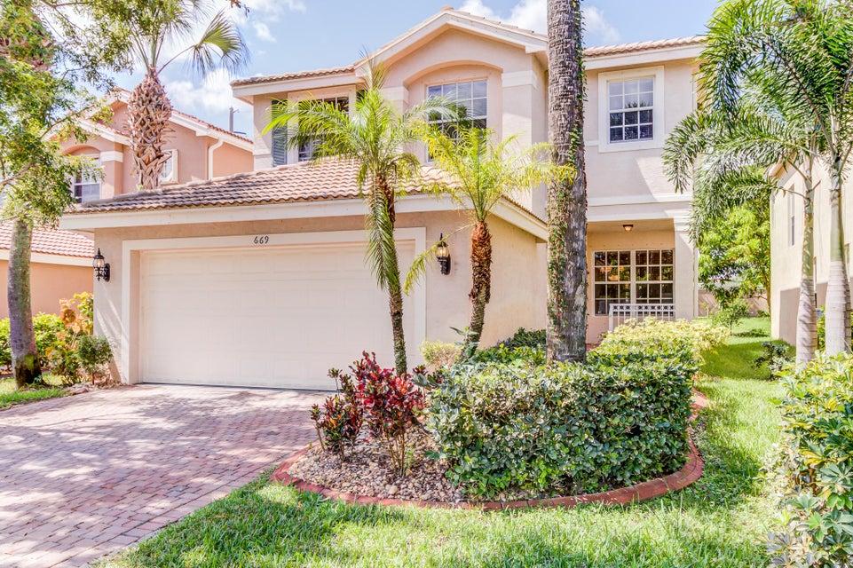 669 Garden Cress Trail Royal Palm Beach, FL 33411