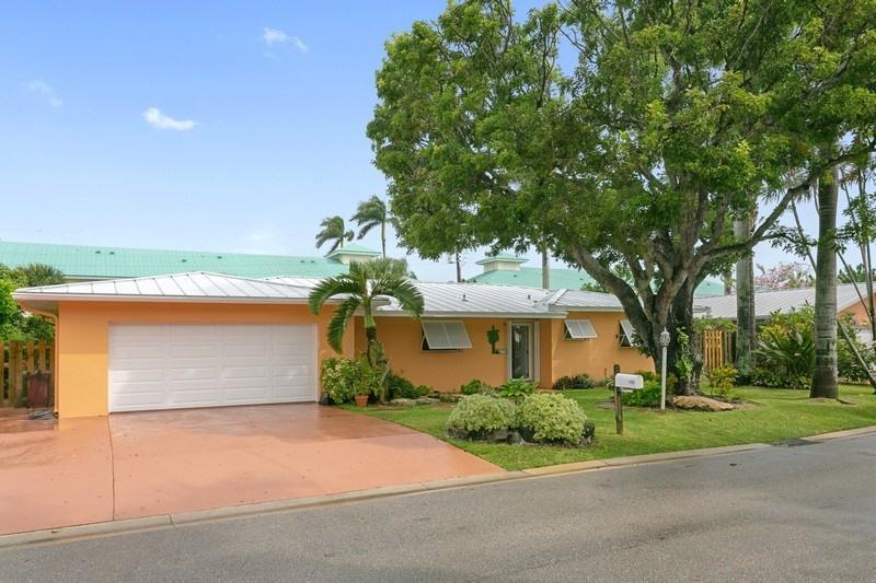 Home for sale in Hypoluxo Shores Hypoluxo Florida