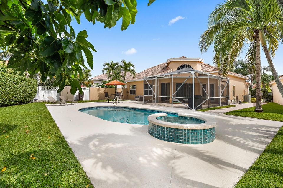 3056 El Camino Real West Palm Beach, FL 33409