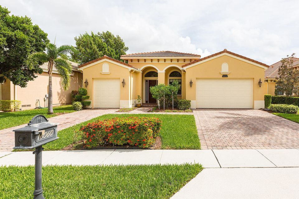 16060 Glencrest Avenue  Delray Beach, FL 33446