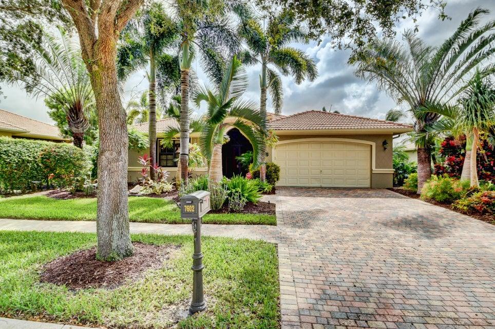 7602 Via Grande  Boynton Beach, FL 33437