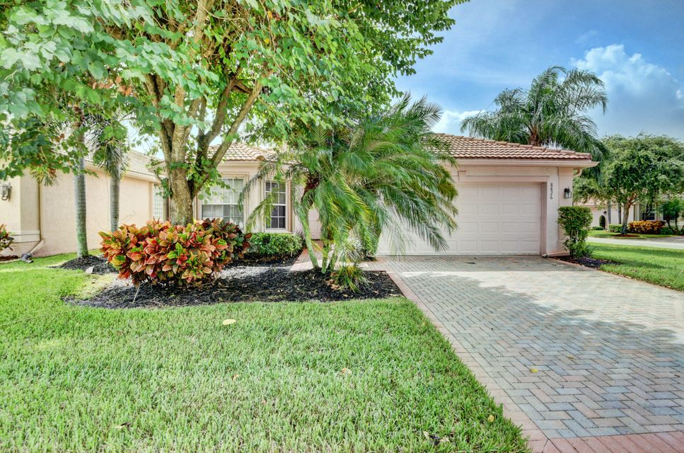 VALENCIA SHORES home 8826 Laguna Royale Point Lake Worth FL 33467