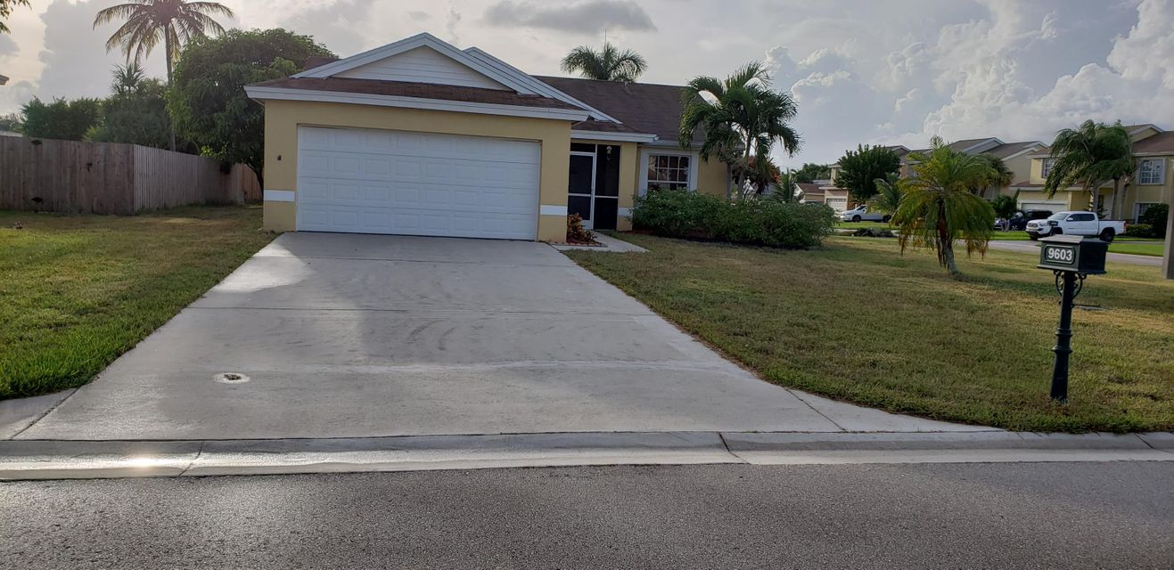 9603 Arbor Meadow Drive  Boynton Beach, FL 33437