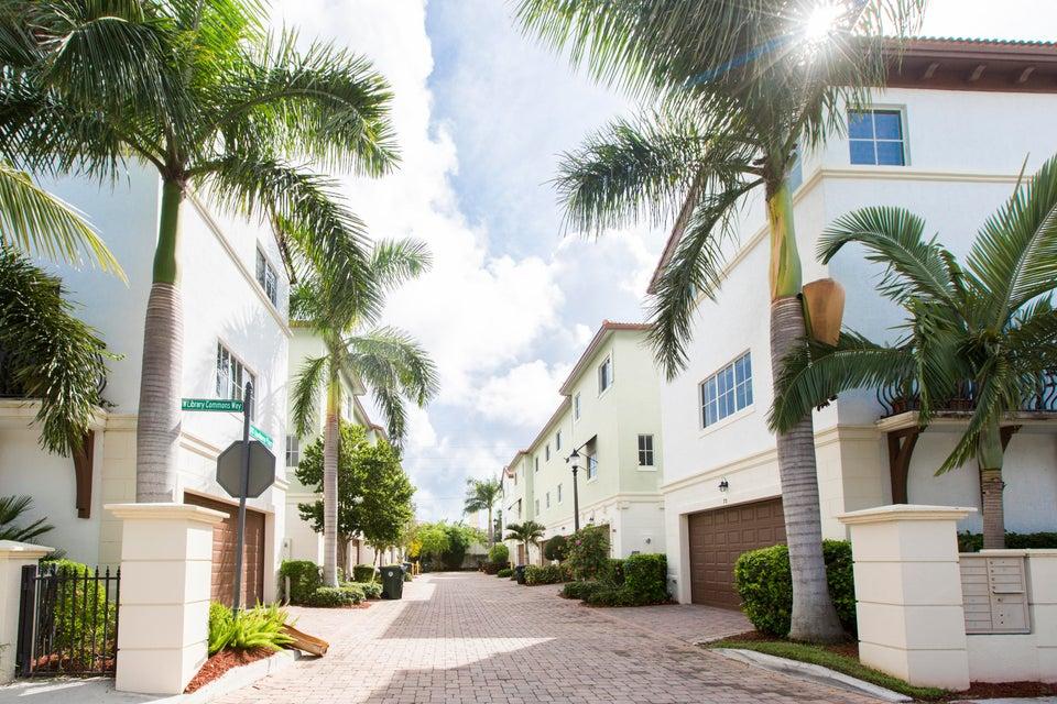 27 NW Hawthorne Place  Boca Raton FL 33432