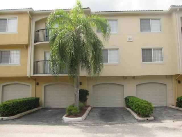 600 Crestwood Court 609 Royal Palm Beach, FL 33411