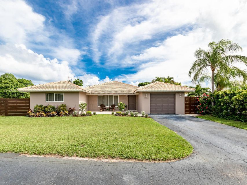 Home for sale in BOCA ISLANDS EAST 2ND ADD Boca Raton Florida