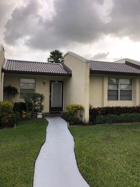 246 Lake Meryl Drive West Palm Beach, FL 33411