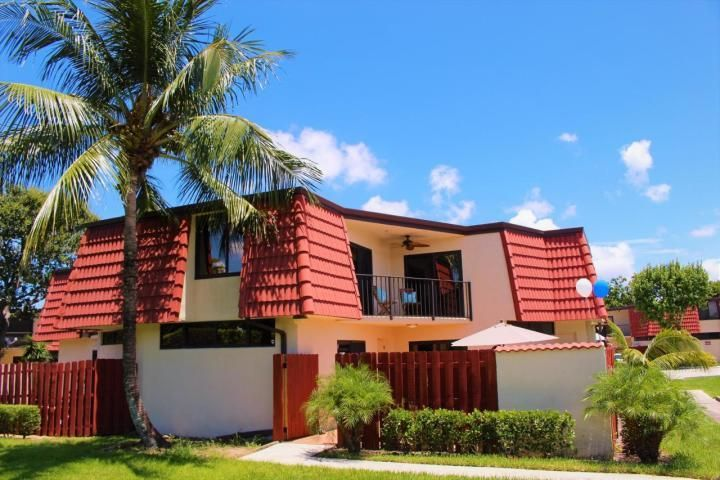 Home for sale in SOMERSET West Palm Beach Florida