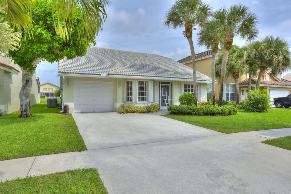 18031 Clear Brook Circle  Boca Raton, FL 33498