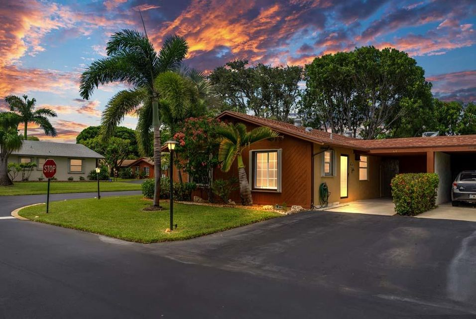 Home for sale in LOS MANGOS PATIO VILLAS AND TOWNHOMES Boynton Beach Florida