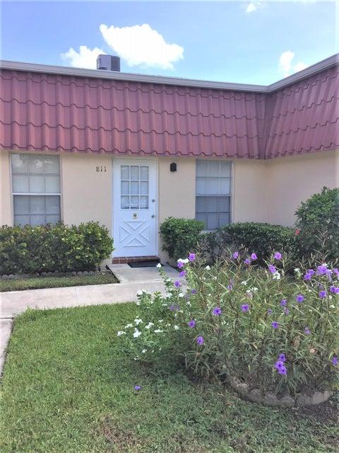 811 Salem Lane Lake Worth, FL 33467