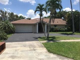 21095 N Sweetwater Lane  Boca Raton FL 33428