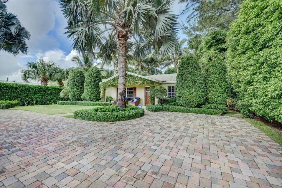 4025 Gem Lake Drive West Palm Beach, FL 33406