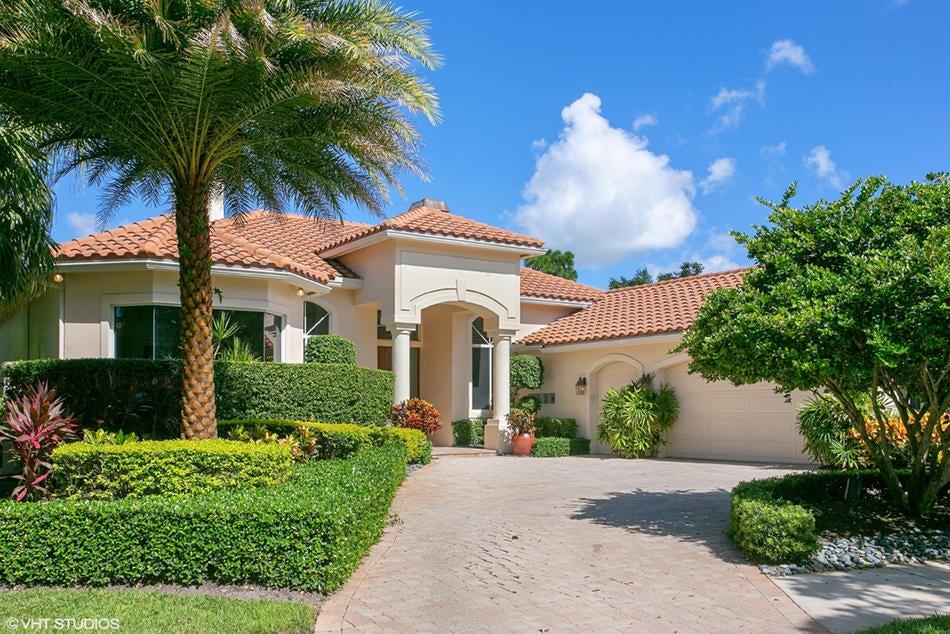 38 Saint James Drive  Palm Beach Gardens FL 33418