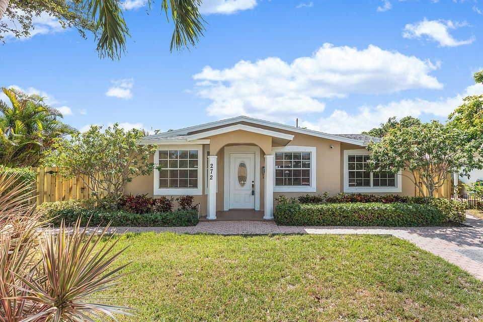 272 NE 13th Street  Delray Beach, FL 33483