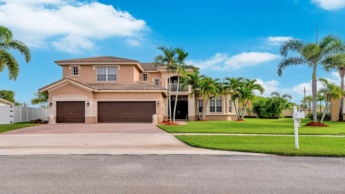 Home for sale in Farmington Whitehorse Estates Wellington Florida