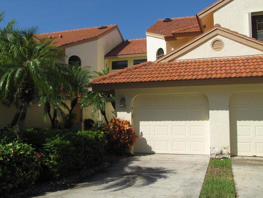HARBOURS AT ABERDEEN CONDO home 8300 Waterline Drive Boynton Beach FL 33472