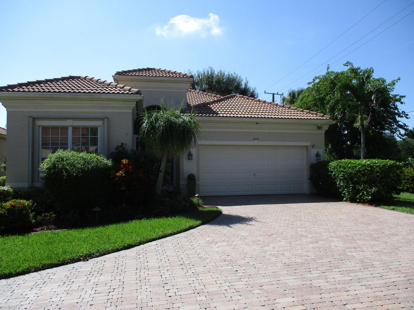 VIZCAYA home 7215 Demedici Circle Delray Beach FL 33446