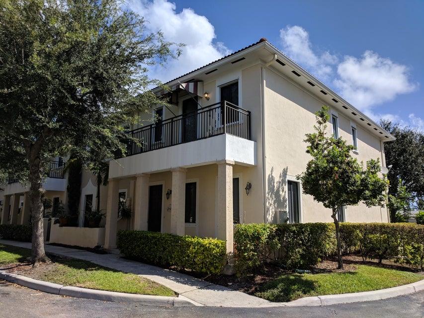 2515  Venetian Court, Boynton Beach, Florida