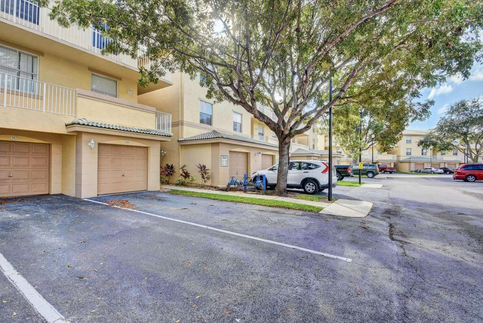 Photo of 2060 Greenview Shores 319 Wellington FL 33414 MLS RX-10473270