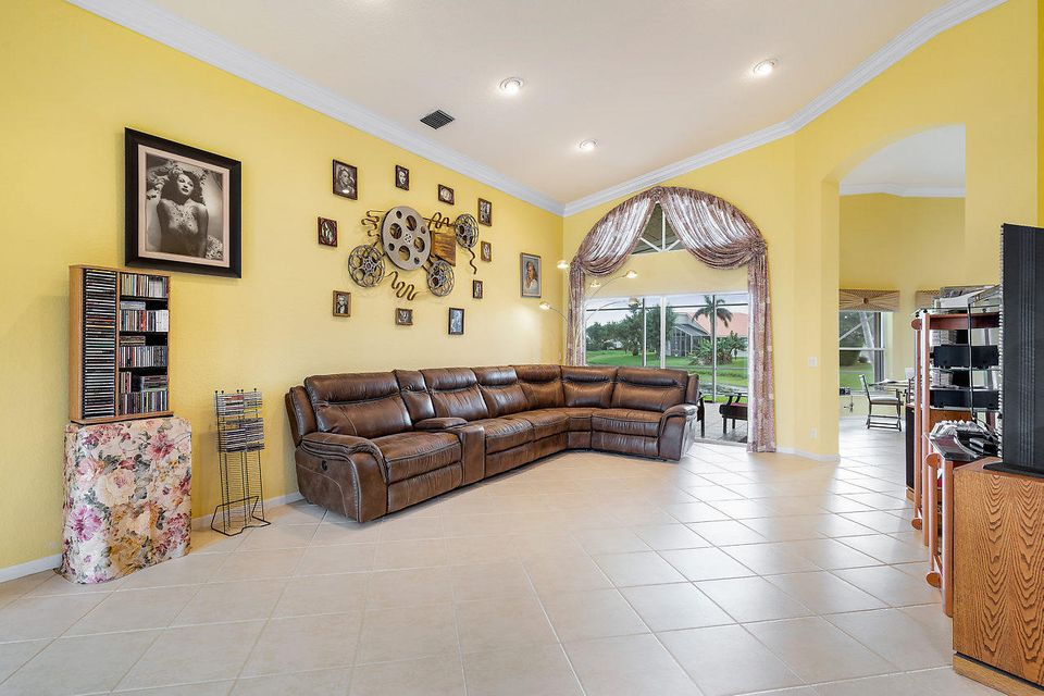 7069 Falls Road Boynton Beach FL 33437 - photo 10