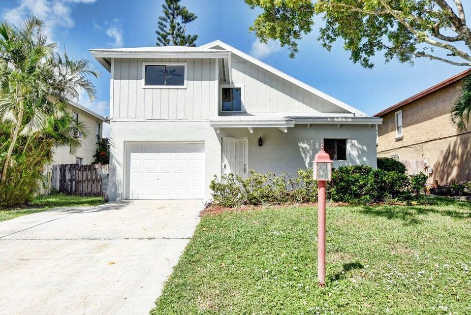 2425 Southridge Road  Delray Beach, FL 33444
