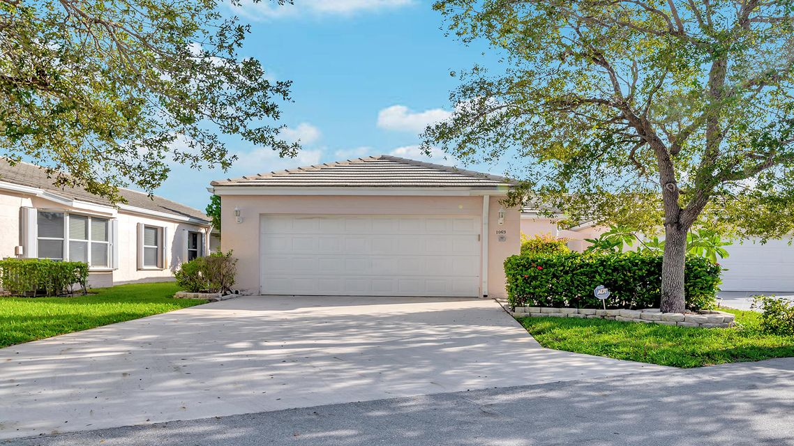 1069 Island Manor Drive Greenacres, FL 33413
