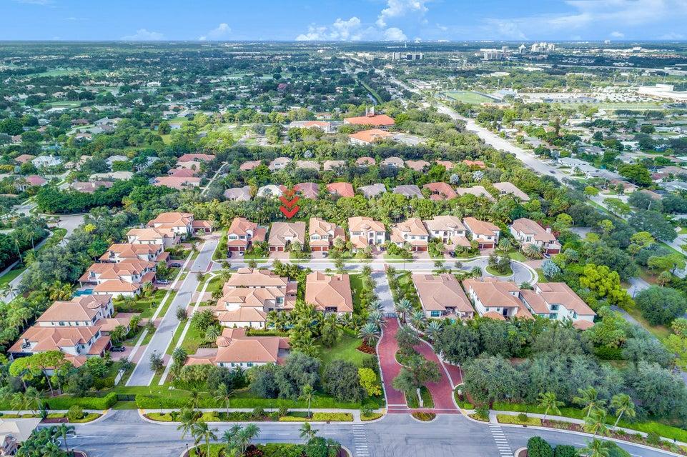 185 Gardenia Isle Drive  Palm Beach Gardens FL 33418