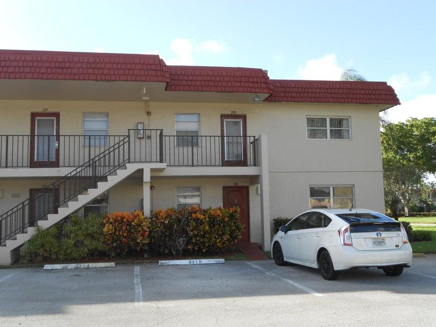 33 Abbey Lane 108  Delray Beach, FL 33446