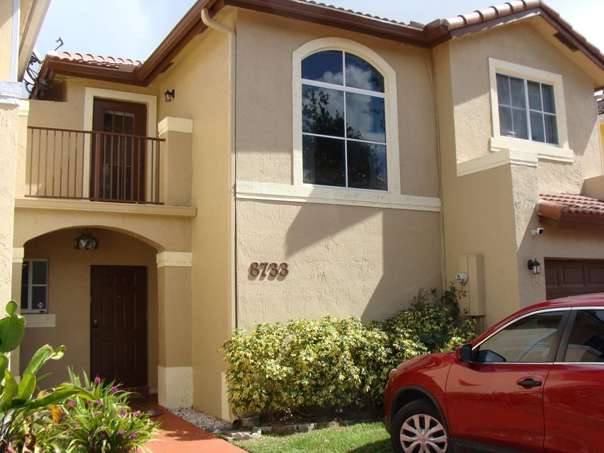 Home for sale in BRISTOL POINTE Miami Florida
