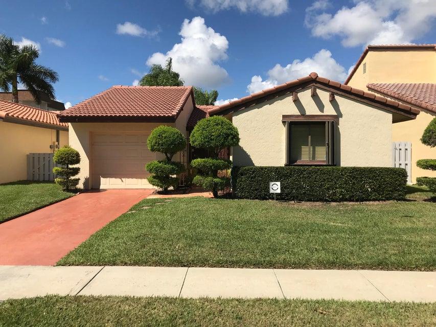6353 Lantana Pines Drive Lake Worth, FL 33462