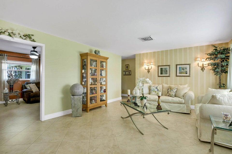 1163 Palmetto Road Haverhill FL 33417 - photo 3