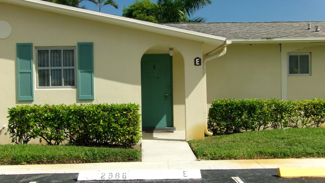 Home for sale in CRESTHAVEN VILLAS 6 CONDO West Palm Beach Florida