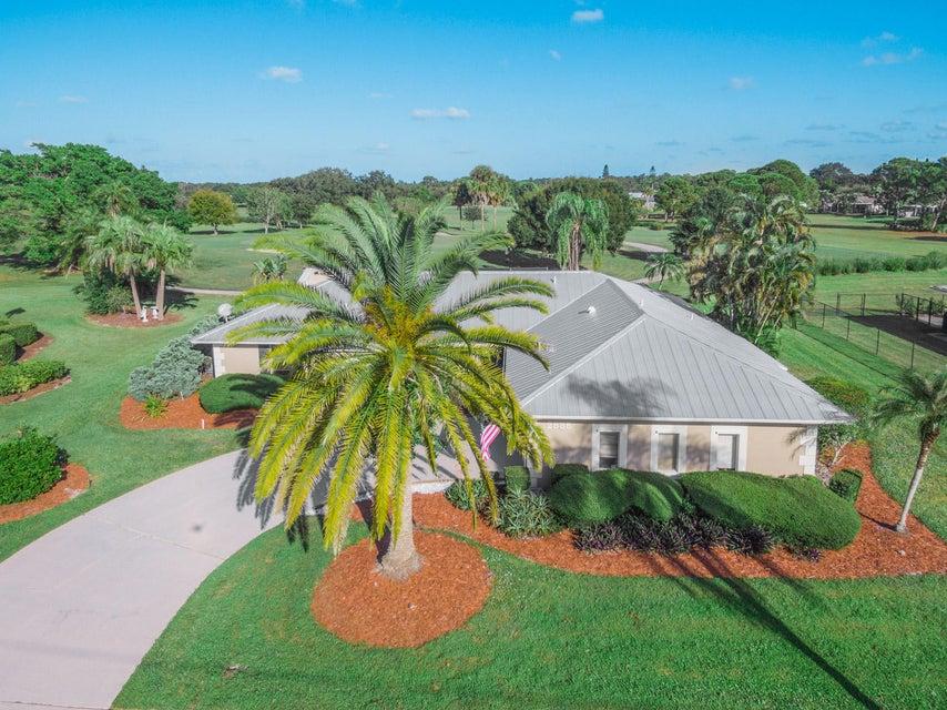 2885 SE Pine Valley Street, Port Saint Lucie, Florida
