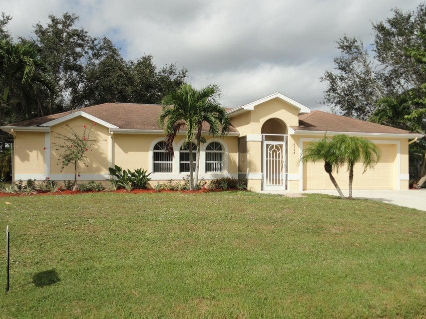 2714 NW Florida Avenue  Stuart FL 34994