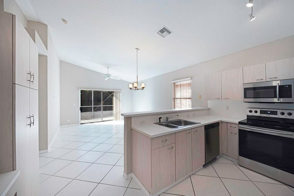 9730 Cherry Blossom Court Boynton Beach, FL 33437 photo 10