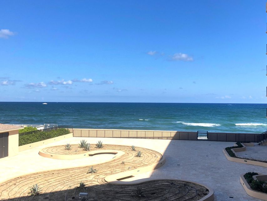 Home for sale in Dune Deck South Palm Beach Florida