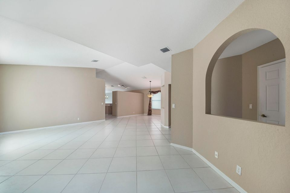 9730 Cherry Blossom Court Boynton Beach, FL 33437 small photo 4