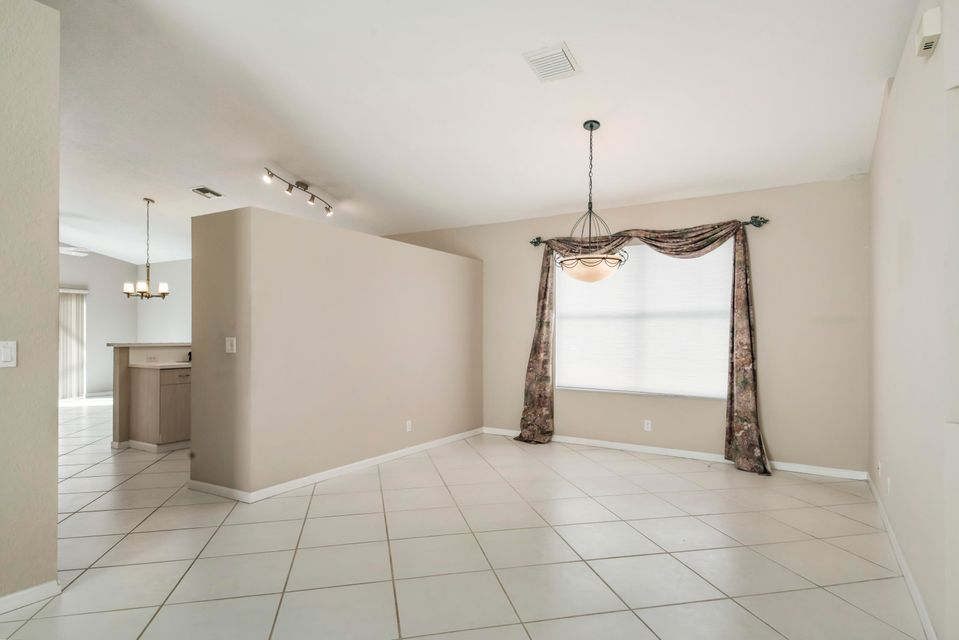9730 Cherry Blossom Court Boynton Beach, FL 33437 photo 5