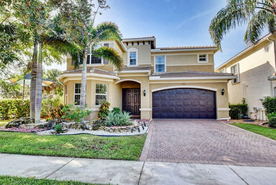 7926 Emerald Winds Circle  Boynton Beach, FL 33473