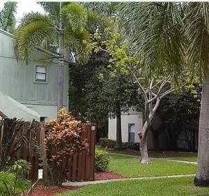2515 NE 2nd Court Boynton Beach 33435 - photo