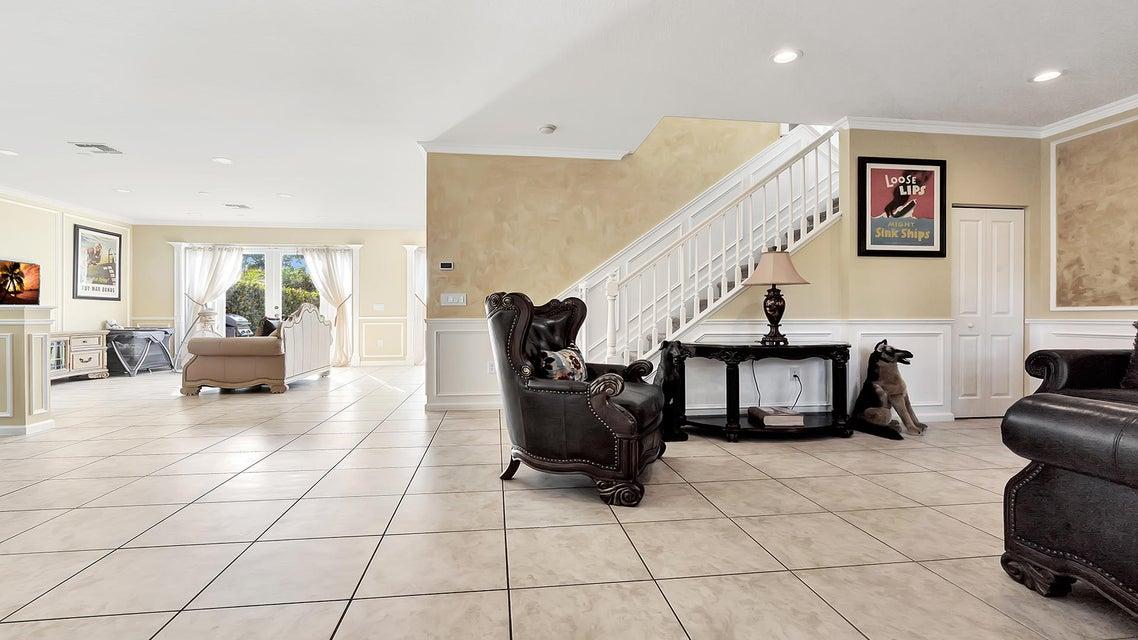 2715 Pienza Circle Royal Palm Beach, FL 33411 photo 7