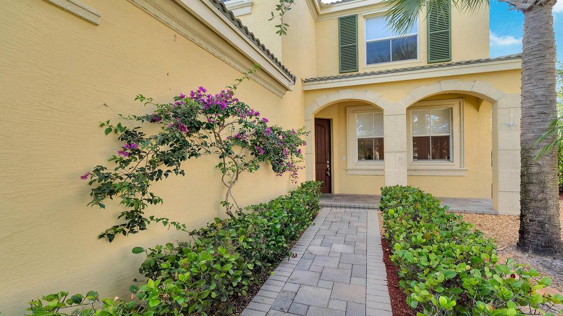 2715 Pienza Circle Royal Palm Beach, FL 33411 photo 27