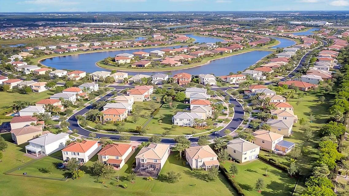 2715 Pienza Circle Royal Palm Beach, FL 33411 photo 30