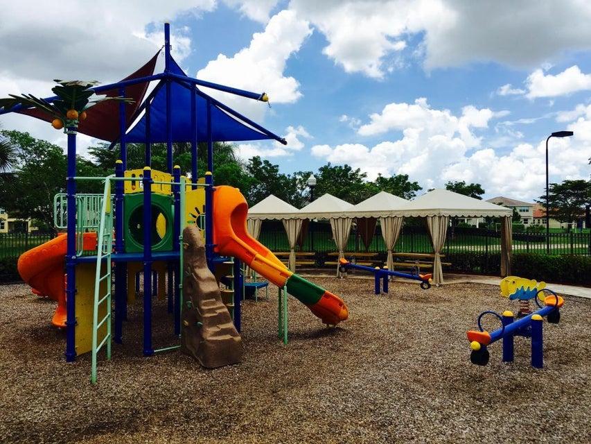 2715 Pienza Circle Royal Palm Beach, FL 33411 photo 37