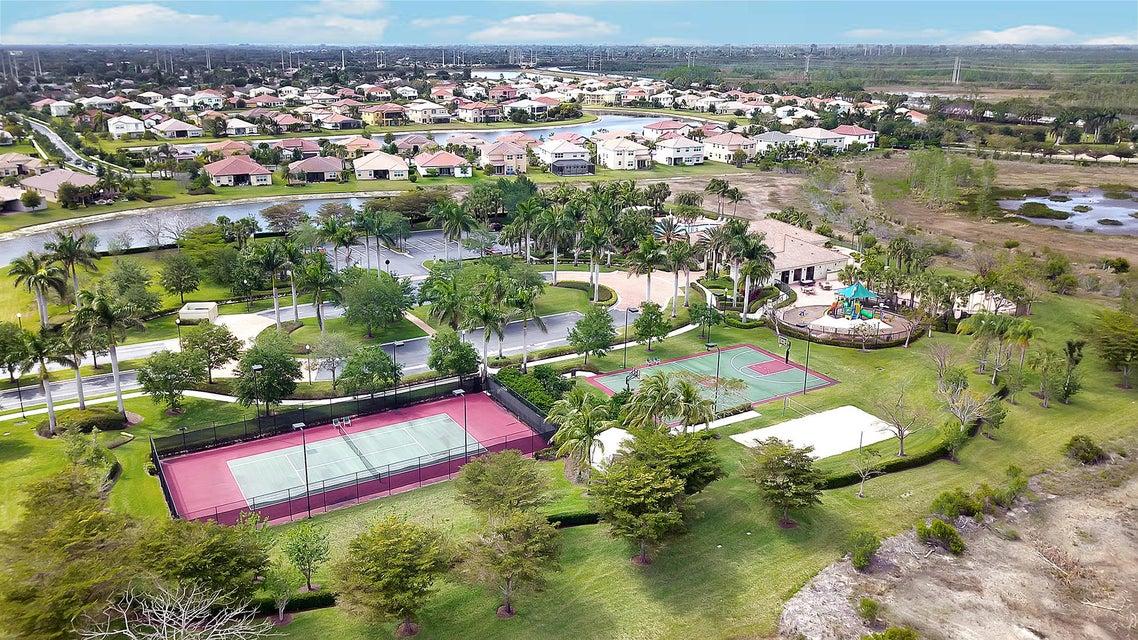 2715 Pienza Circle Royal Palm Beach, FL 33411 photo 39