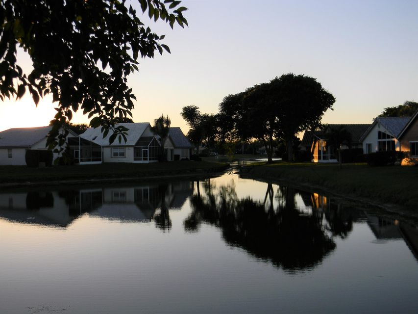 Sawgrass Lakes Homes 12121 Bay-club Drive
