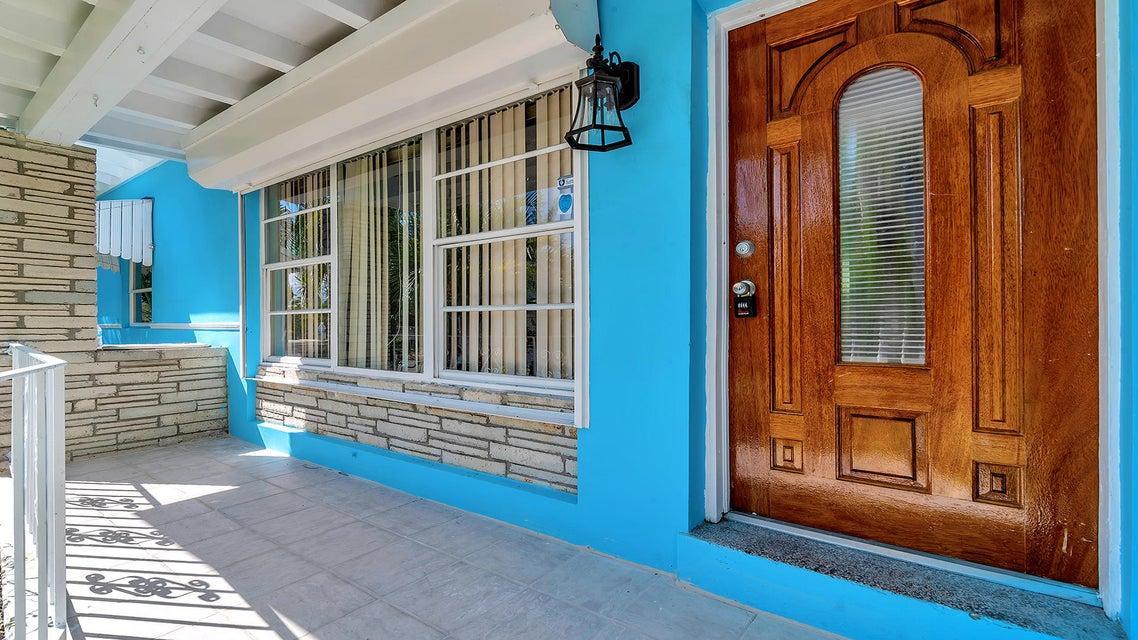 3909 Eastview Avenue West Palm Beach, FL 33407 photo 2